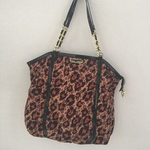 😍👜 Betsey Johnson Leopard Tote👜😍